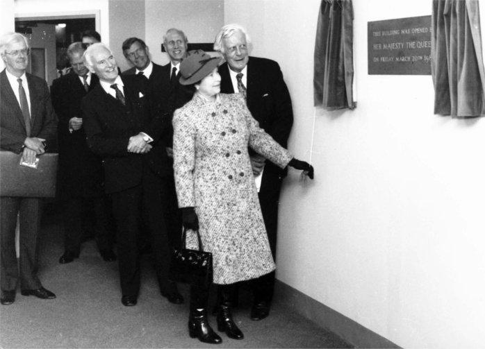 Queen visits, 1987